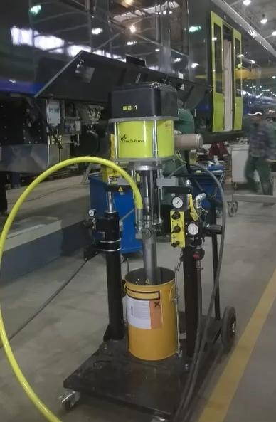 Mobile extrusion station